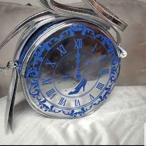 Cinderella silver clock round cross body